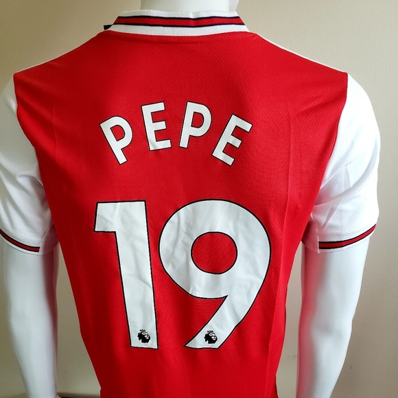 finest selection b7315 fb681 Pepe arsenal Jersey NWT